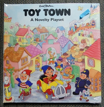 Image for TOY TOWN:  A NOVELTY PLAYSET.  (PLAY SET.)